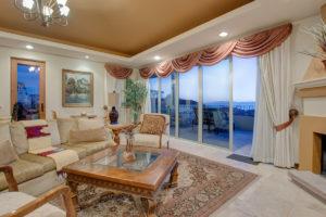 Casa 5 Living Room south view